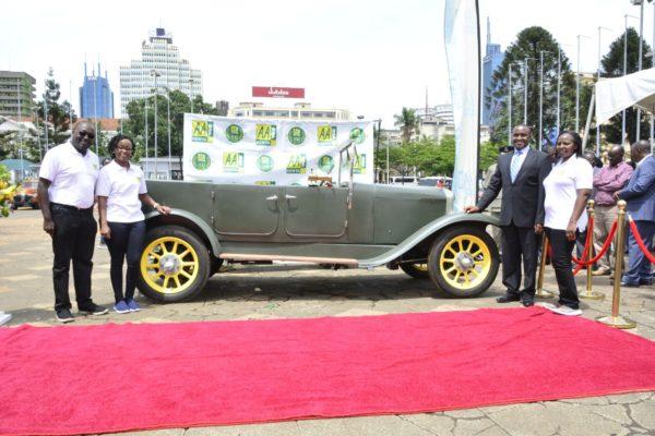 AA-kenya-Vintage-Vehicle-Road-Mapping